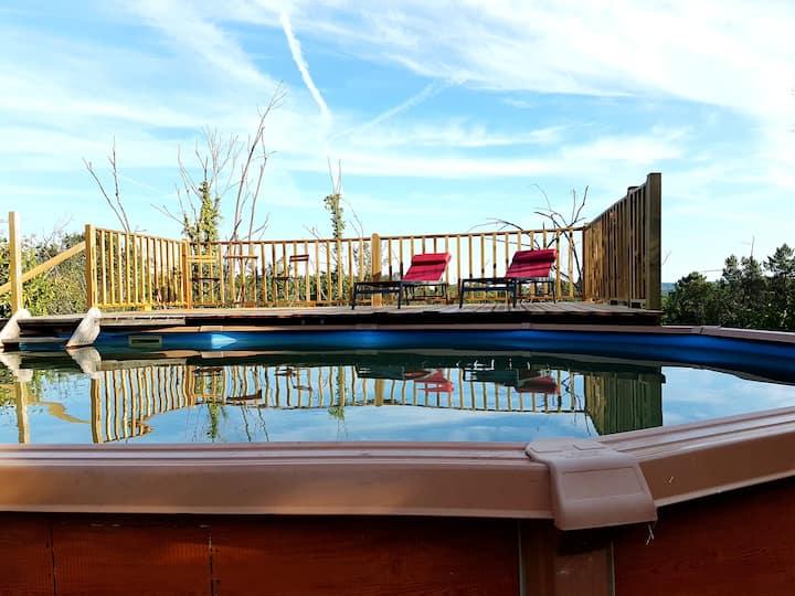 Gîte de charme de 80 m² avec piscine 4/5 personnes