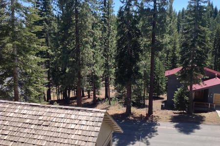 Jay's Retreat - Tahoe Vista - House