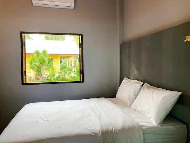 Room 2 - Bed 1