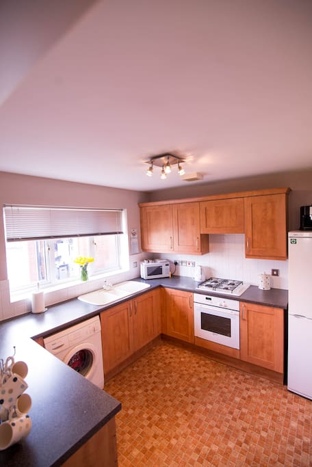 Kitchen with Fridge Freezer and washing machine space