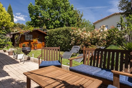 Lovely apartment (40m²) with garden