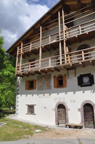 Appartamento in casa storica - Canale D'agordo