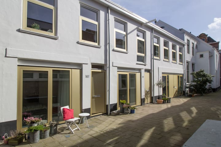 Beautifully renovated mews house - Den Haag - Dům