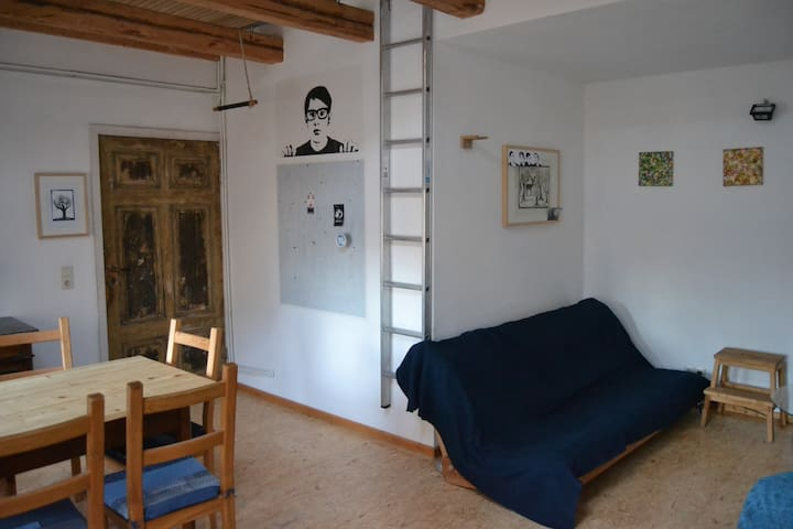Single room-apartment in the attic - Halle (Saale) - Apartment