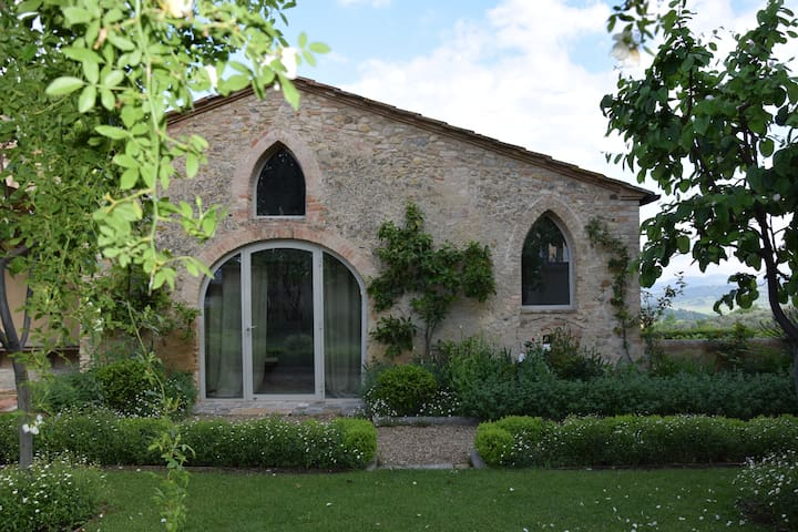 A Charming Tuscan retreat for two - San Casciano in Val di pesa