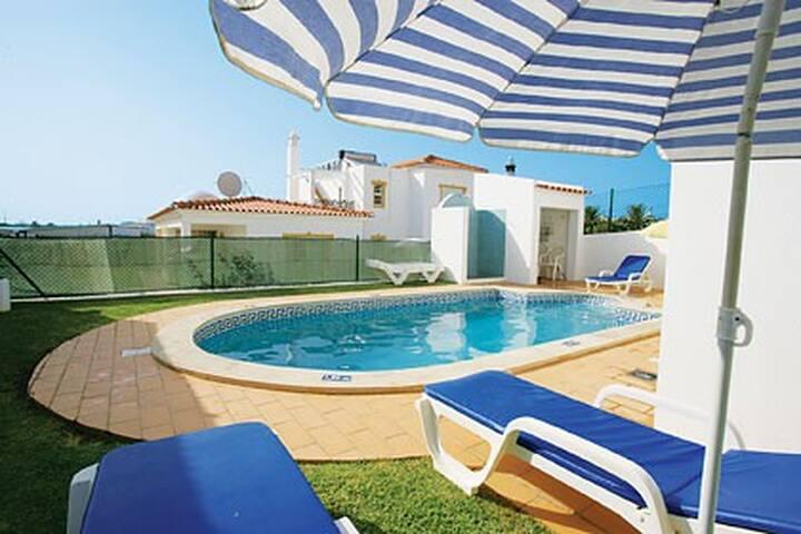 Jidene Villa, Olhos de Água, Algarve