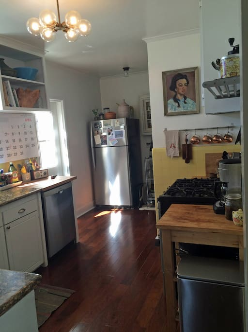 Kitchen with gas stove, dishwasher