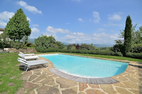 Tuscan Apartment in Heaven, Ground floor, Pool