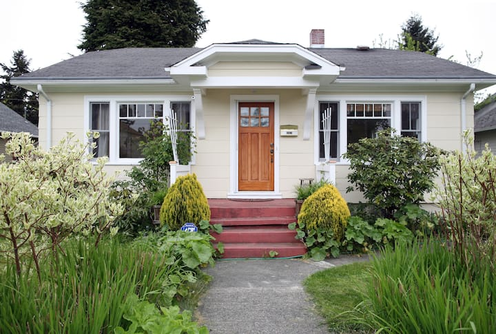 Entire light-filled craftsman bungalow