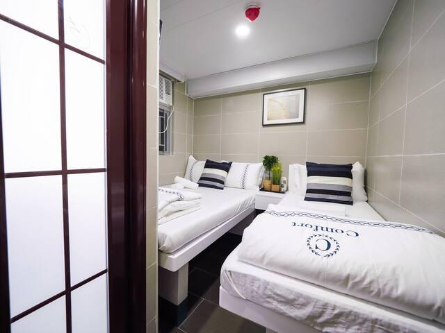 3 Persons Room ( 3 人房內設有私人浴室)