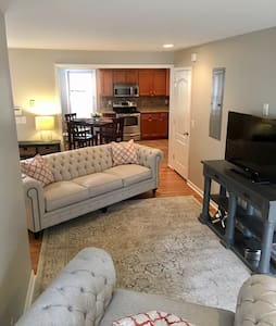 12th South House/minutes from Downtown - Nashville - Ház