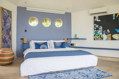 Blue Apple Beach House - Mamon Suite - Rumah