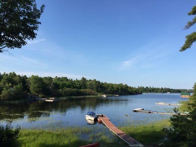 Lake View Cottage