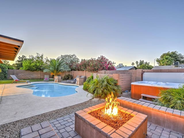 ASU ❤️ Old Town Sleep 22 Home-Pool-Spa-Fire Pit