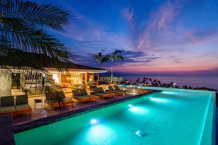 A Couples Paradise, Steps to the Beach BRAND NEW - Puerto Vallarta - Apartment