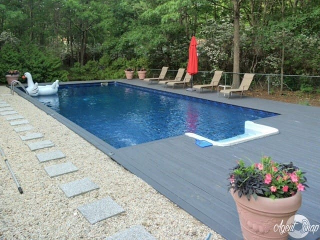 Sag Harbor Guest Apt With POOL Sleeps up to 4