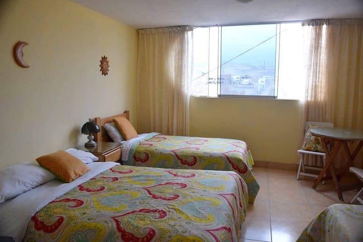 Hostal Casa Punta Negra. Triple Room