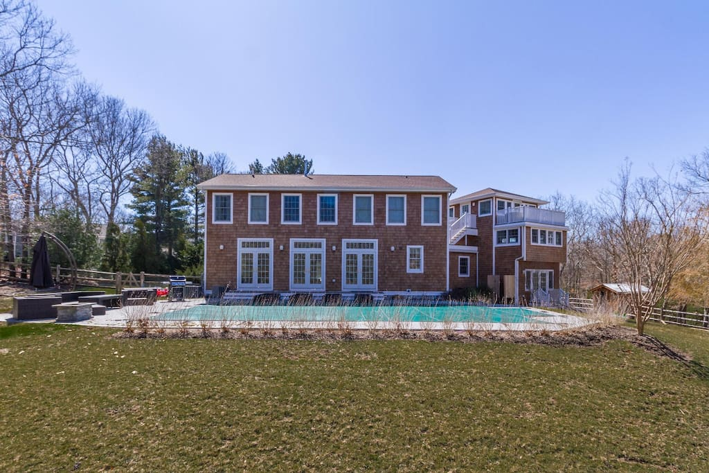 Immaculate Hampton's home with a built-in pool and private balcony, overlooking Gardiner's Bay!