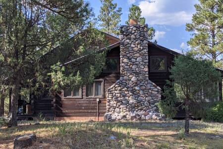 Hummingbird Lodge -Chama's beautiful Brazos Canyon