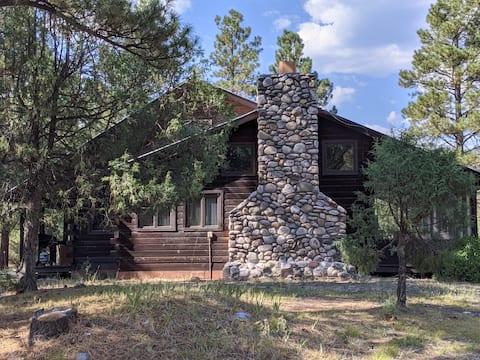 Hummingbird Lodge -Chama's beautiful Brazos Canyon