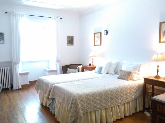 Óbidos Charme Classic Room - Óbidos - Bed & Breakfast