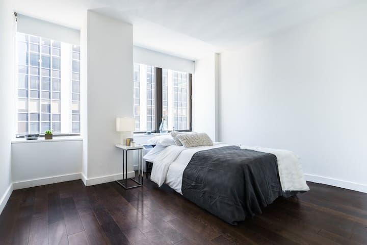 Alohause   Wall St   Hipster & Neat Room + FIDI