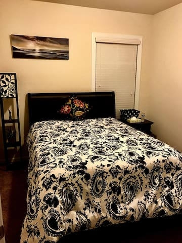 1 Bed, 1 Full Bath available - Fort Mill - Dom