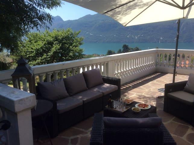 Villa vue lac et montagne exceptionnelle - Brison-Saint-Innocent - Casa