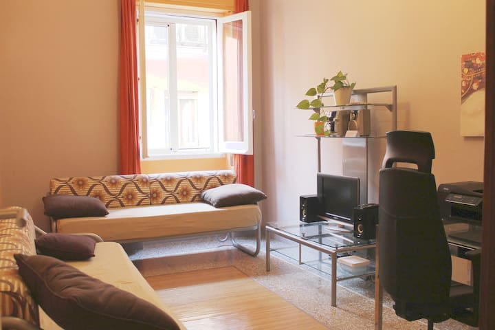 B&B Two single beds in city center