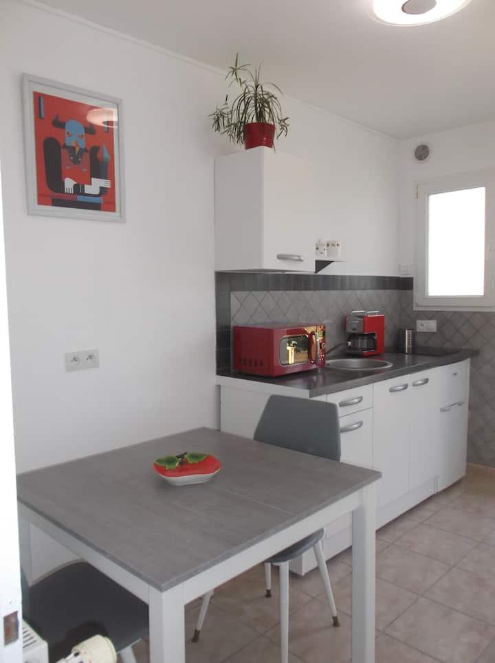jolie petit  appartement rénové en Vendée