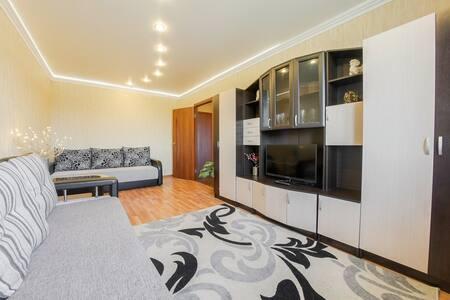 Уютная квартира у метро - Sankt-Peterburg - Apartmen