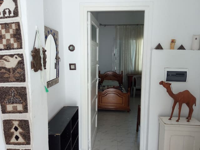 Appartement pour vacances, Salambo près de la mer