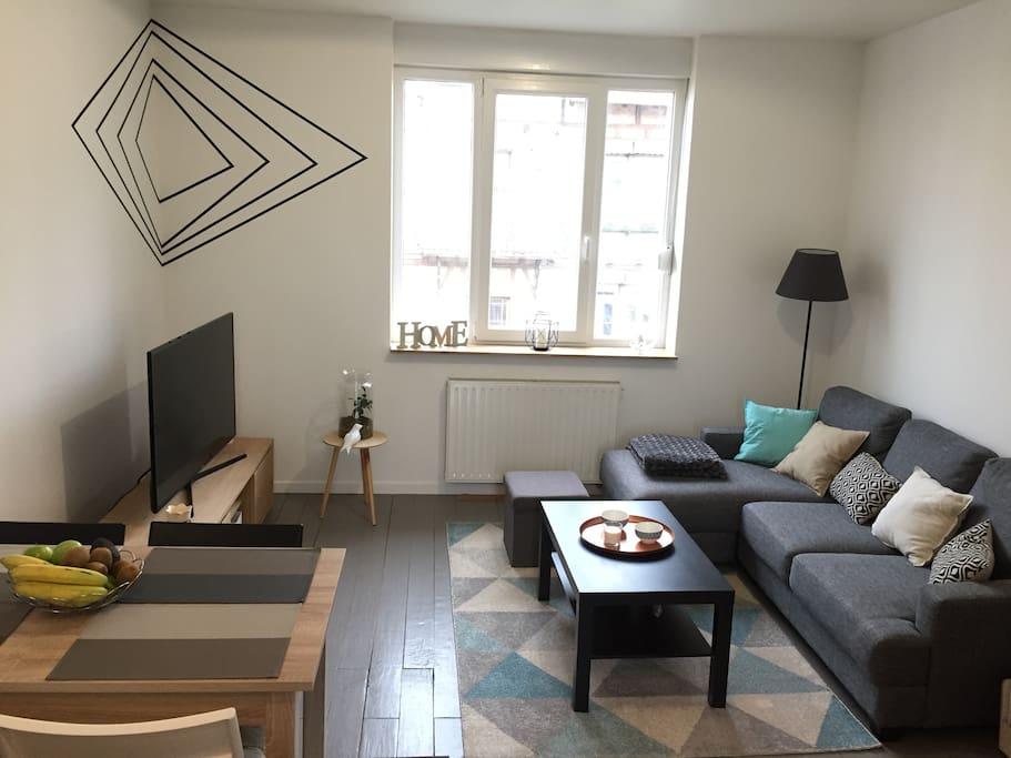 Agr able duplex avec balcon et jardin appartements for Jardin balcon appartement