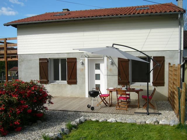 Modern beautiful gite 4km from Foix - Ganac - Huis