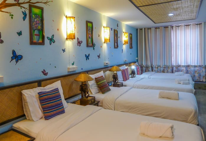 Dream Garden Villa(4 Beds Room-7)