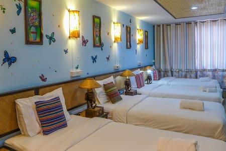 Dream Garden Villa(4 Beds Room-7) - Chiang Mai - Villa