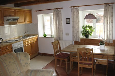 bnb comfort. flat near by Würzburg and Rothenburg - Willanzheim - Penzion (B&B)