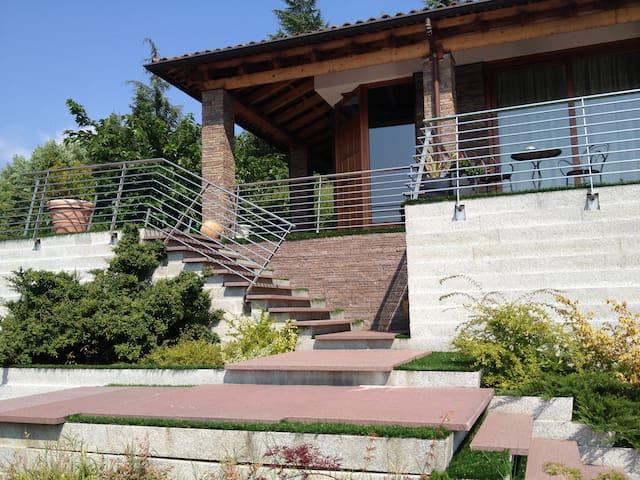Villa d'Autore_ Alba, Piedmont