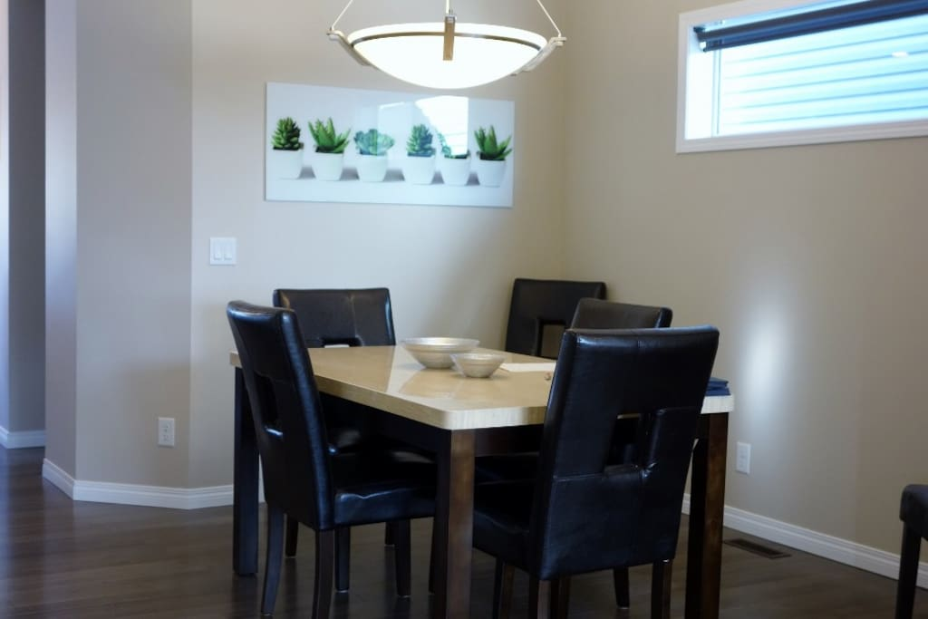 Spacious dining room area