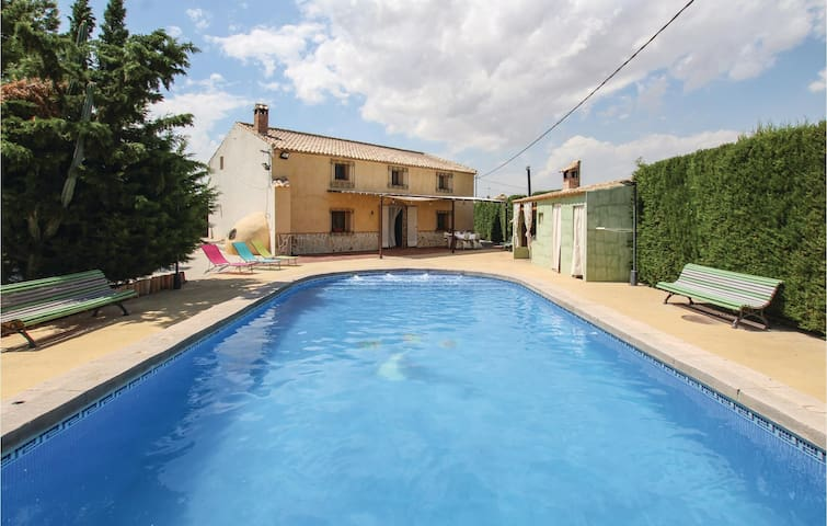 Holiday cottage with 6 bedrooms on 150m² in Librilla