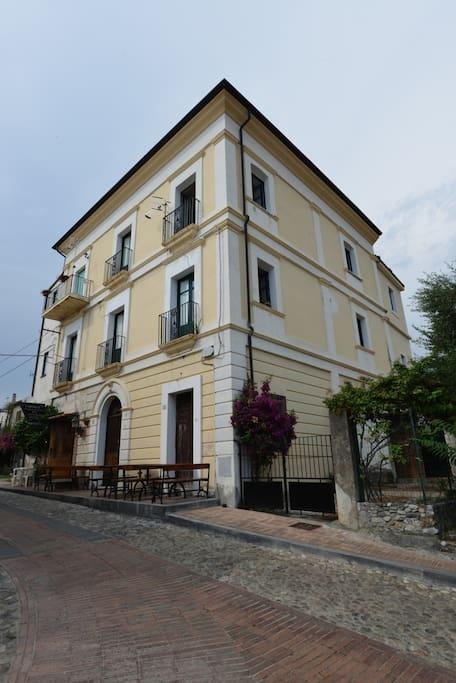 Storico palazzo del 1800