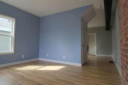 Great 2BR in the middle of Fountain Square - Indianapolis - Lakás