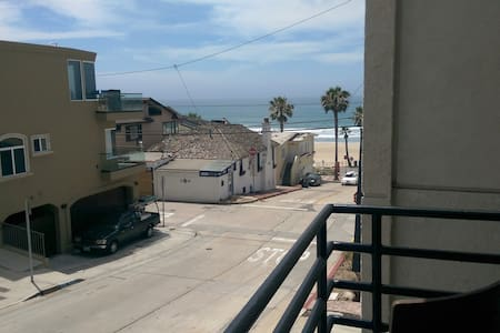 Manhattan Beach Retreat - Manhattan Beach