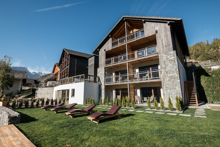 LES DOLOMITES MOUNTAIN LODGES  #smart #nature
