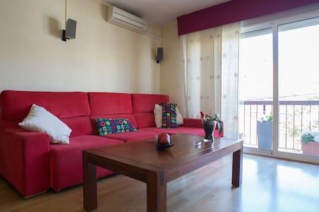 Habitación doble. baño privado en habitacion. AA - Rubí