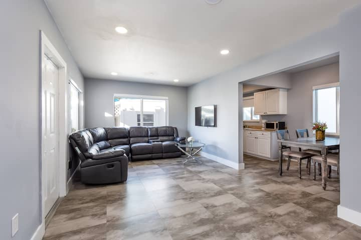 9) Remodeled One Bedroom On Hollywood Beach