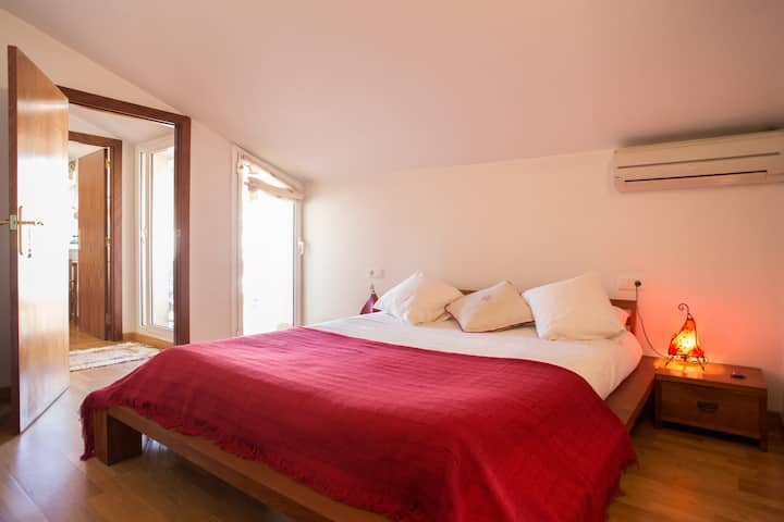 Habitación doble. baño privado dentro  habitación