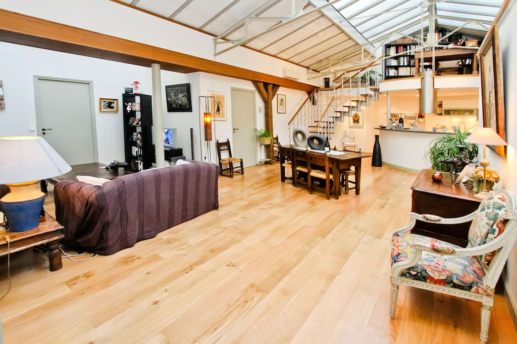 Splendide loft paris 10e lofts louer paris le de france france - Achat loft ile de france ...