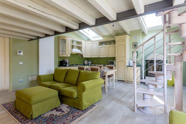 Appartamento duplex in rustico d'epoca - Valeggio Sul Mincio - Apartment