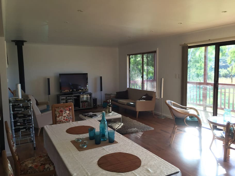 Living room / Dining area & Kitchen (open plan)